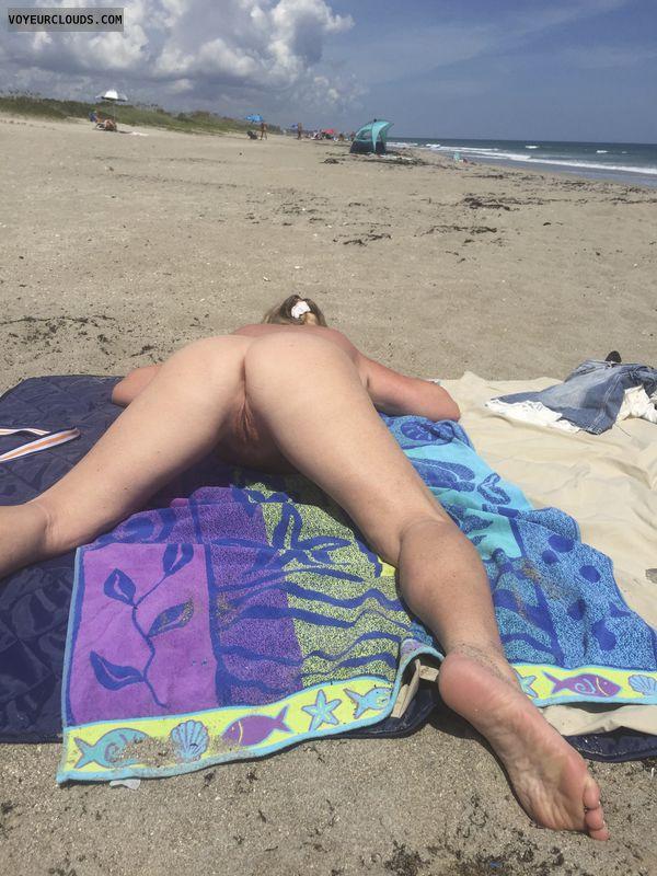 pussy, ass, legs, nude, public, beach