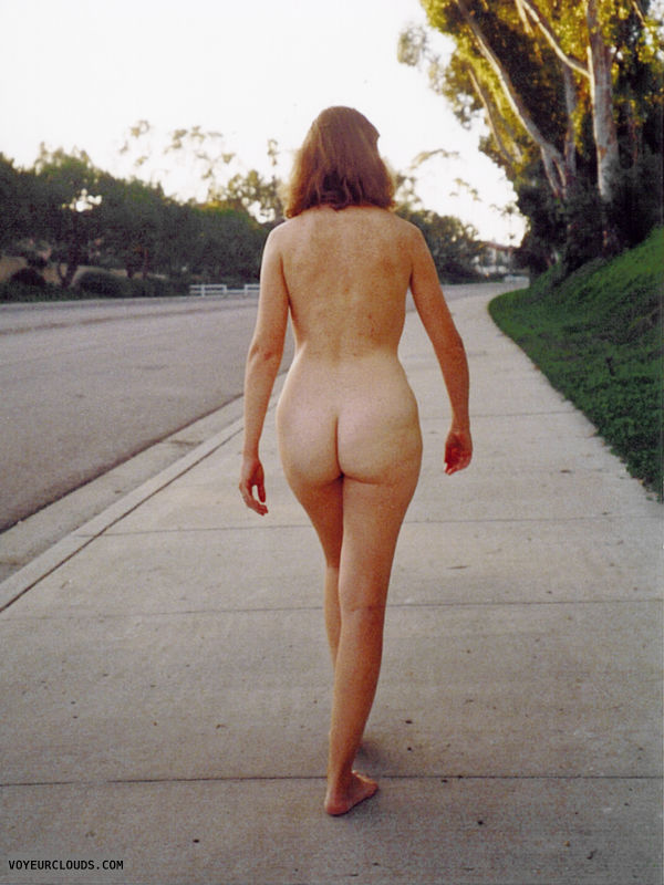 Exhibitionist, Nude-in-Public, Lifestyle, Nude Wife