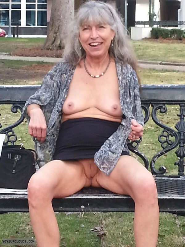 public pussy, tits flash, nude in public, smooth pussy