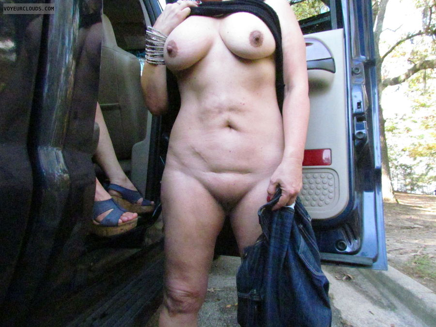 pussy, smooth pussy, nice tits, nude in public, bi girlfriend