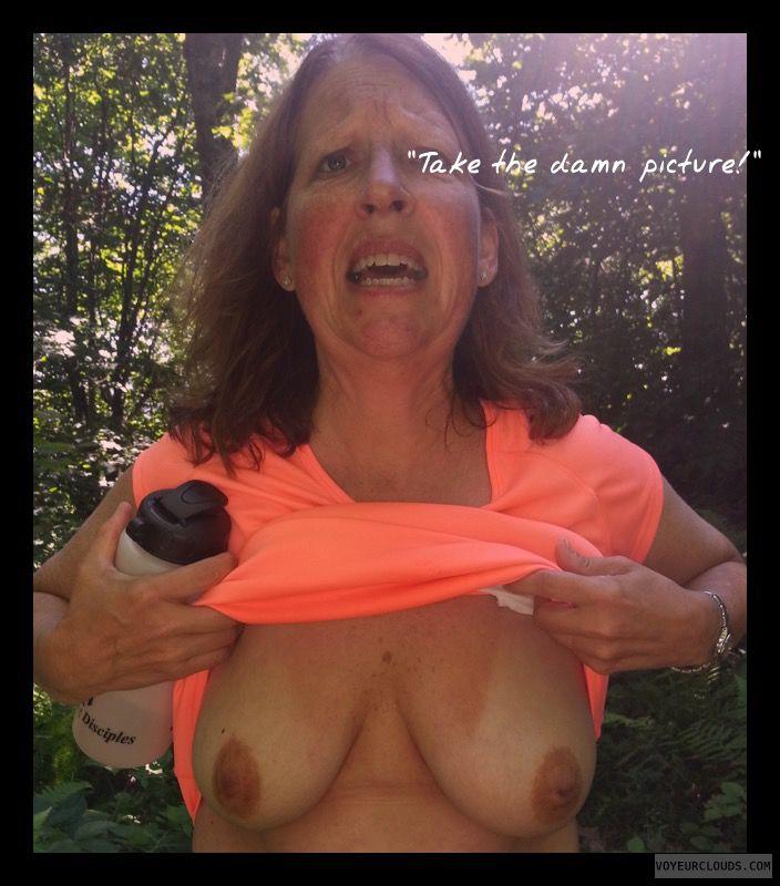 Titflash, Exhibitionist, OK Tits, Immature, 36D, Brown nips