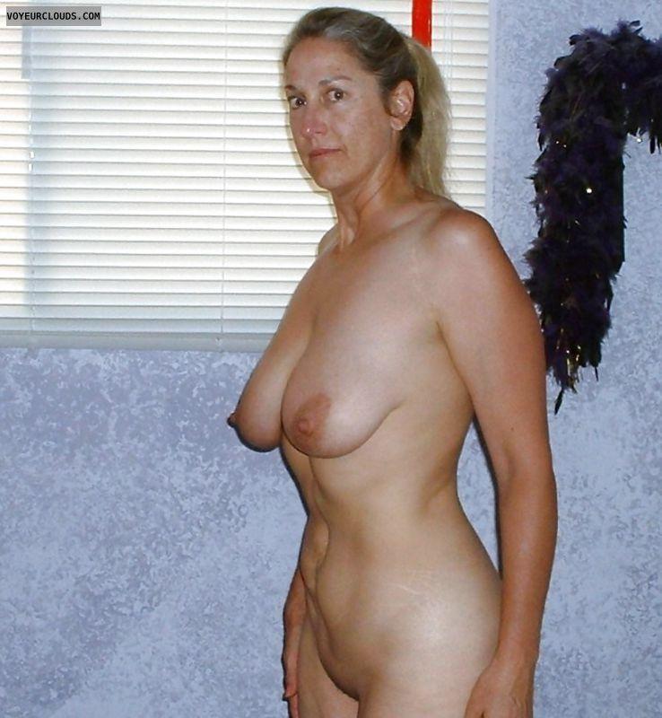 tits, big tits, boobs, big boobs, nipples, erect nipples