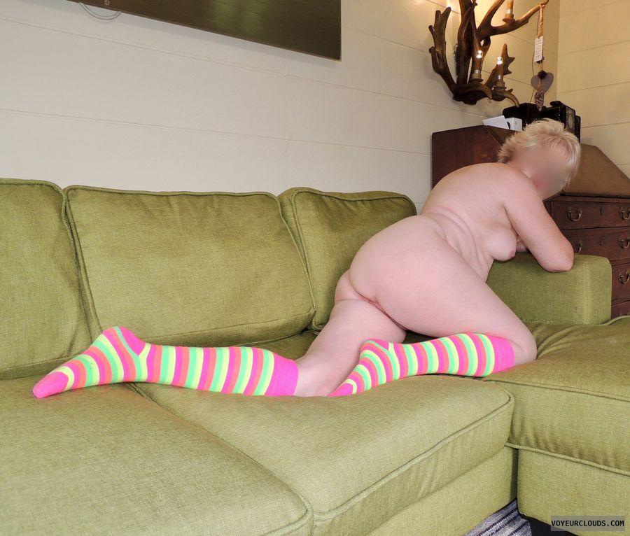 naked, nude, full nude, bare, ass, wife ass, milf ass