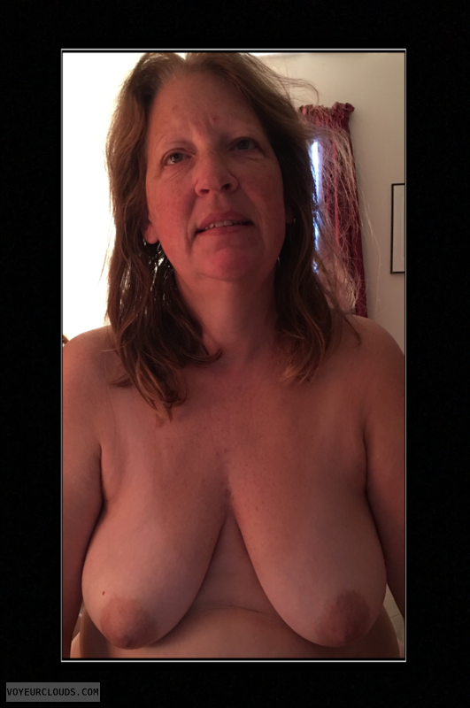 OK Tits, OK Boobs, Nice Smile, Brown nips, Big Boobs
