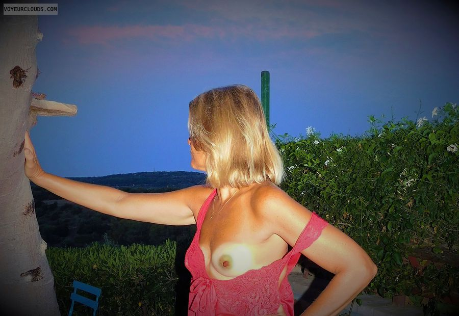 anna, wife, nipples, tits, outdoors