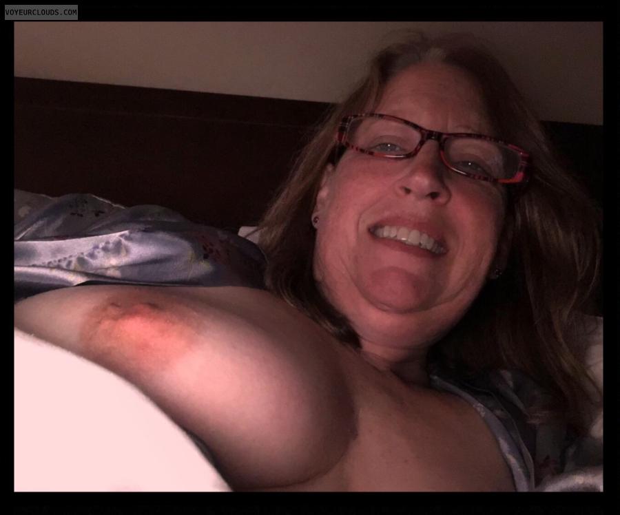 Selfie, Nice smile, Nude wife, 36D, Brown nips, Titflash