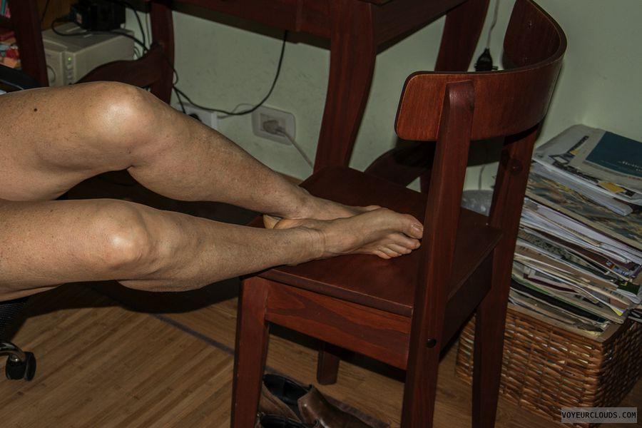 legs, feet