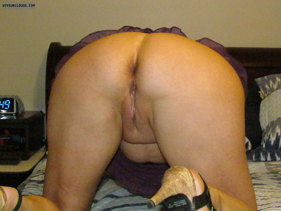 pussy, smooth pussy, ass, asshole, nice legs, commando
