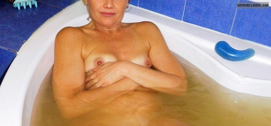 anna, wife, tits, nipples