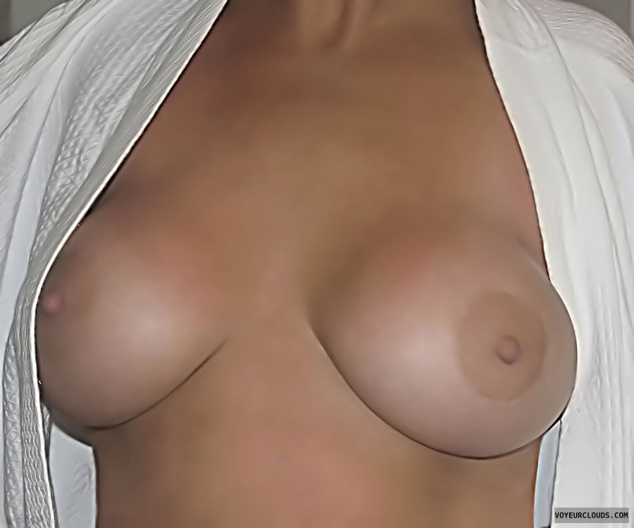 Milf Tits, Hard Nipples, Big Tits, Braless Boobs, Horny Wife