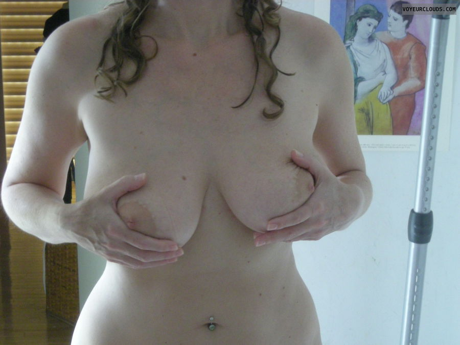 big titts, hand bra, nude