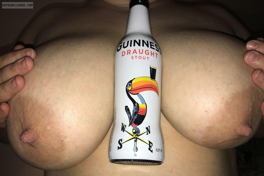 Huge tit, nipples, MILF, Huge breast