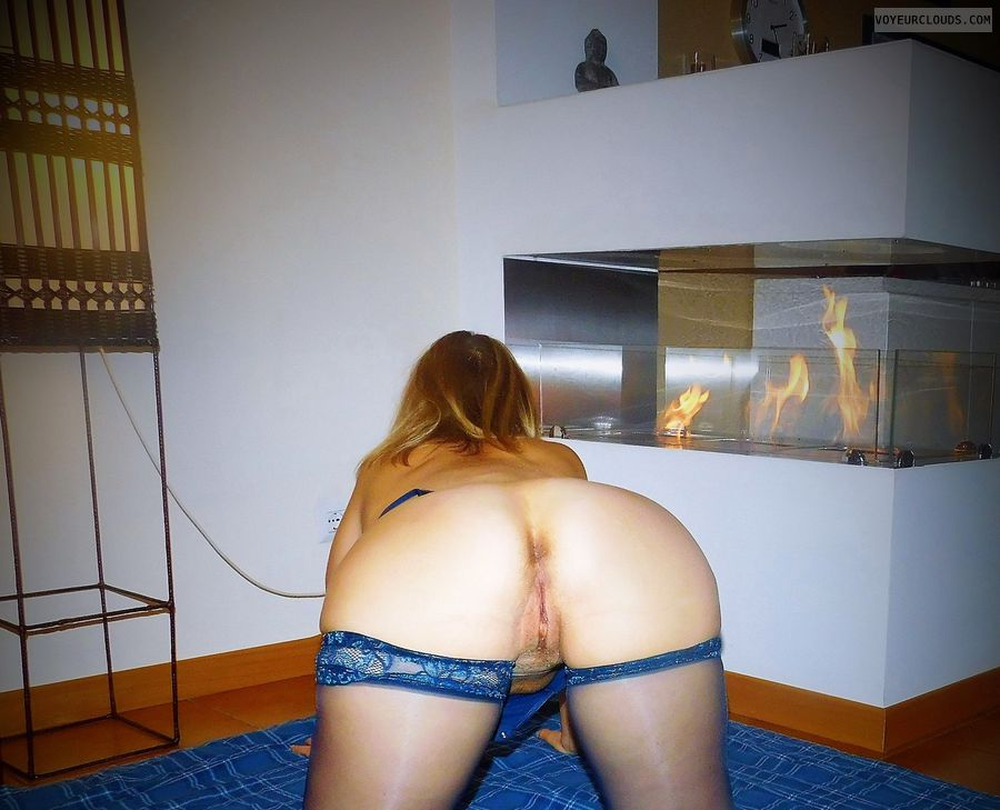 anna, wife, ass, spread, cunt, pussy, labia, stockings