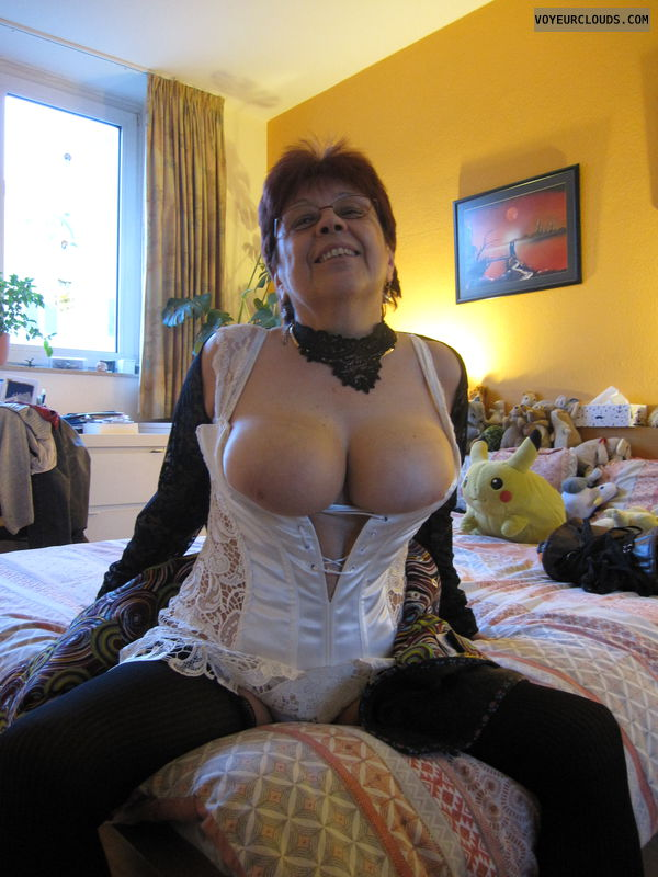MILF, Smile, Lingerie, Big tits, Stockings