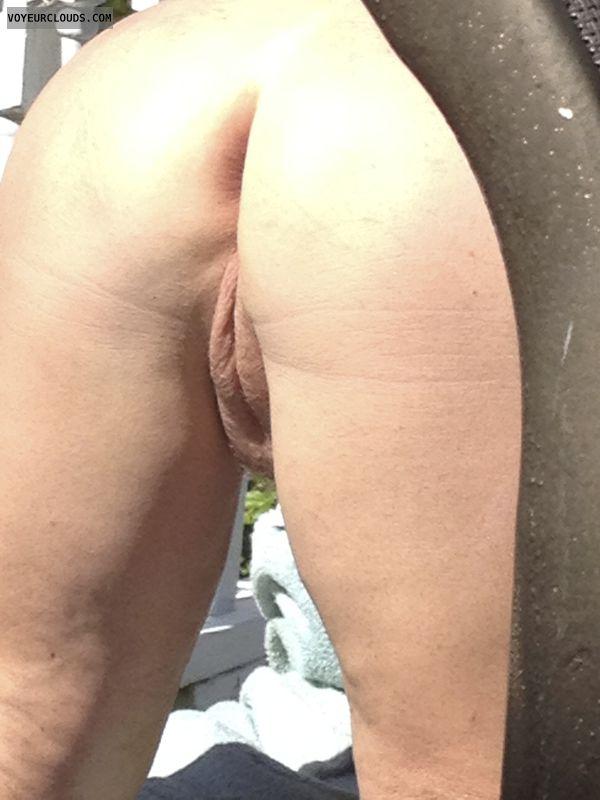 round ass, round butt, pussy lips, ass, nude