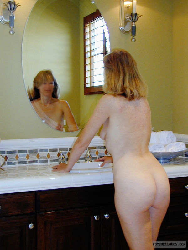 Exhibitionist, Lifestyle, Nude Wife, Nude Milf, Bare Breasts