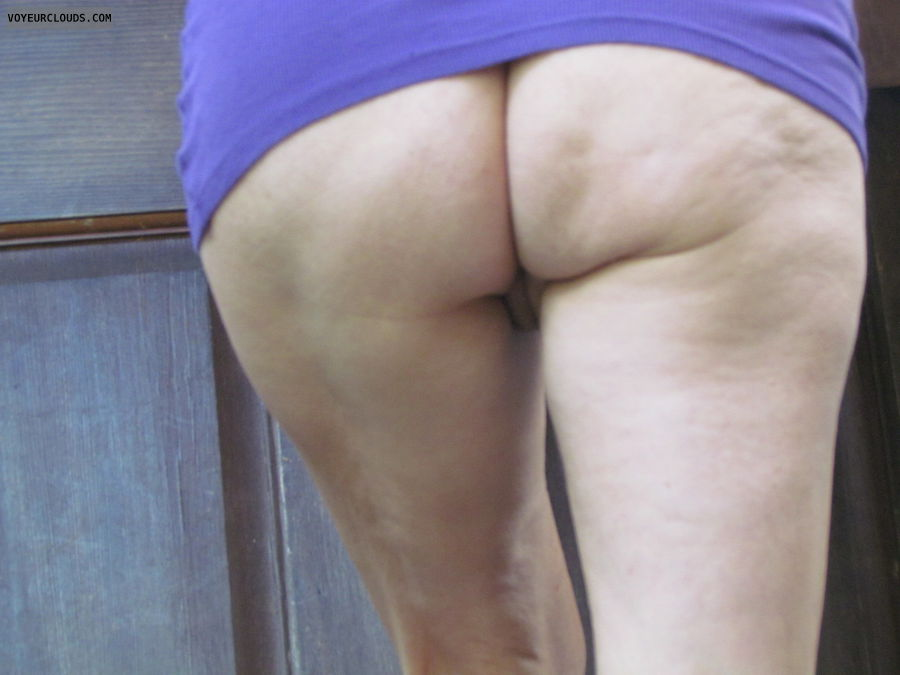 commando, nice ass, smooth pussy, no panties, exhibitionist