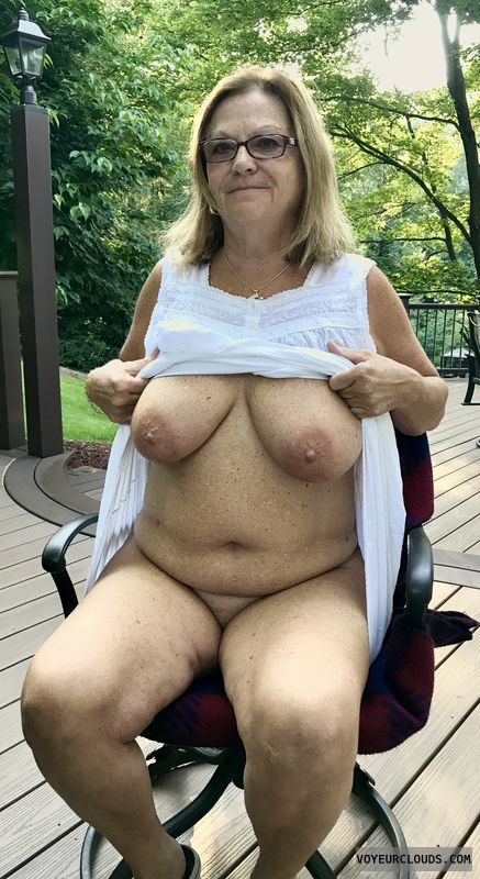 Showall,  Exibiotinist, Voyure, Naked Outdoors, Naked In Public
