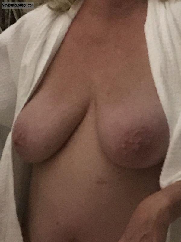nipples, tits, brasta, flash
