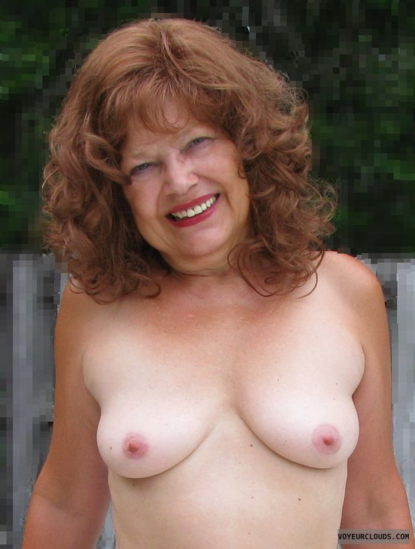 Topless, Nice Tits, Hard Nipples, Tight Body, MILF