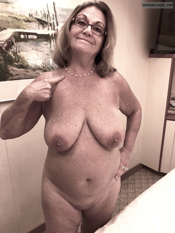 Showall, Exibiotinist, Voyure, Naked Wife, Naked Milf