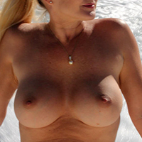 >Wild Nude Wife